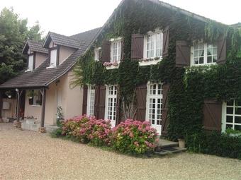 Sale House 9 rooms 230m² Maintenon (28130) - photo