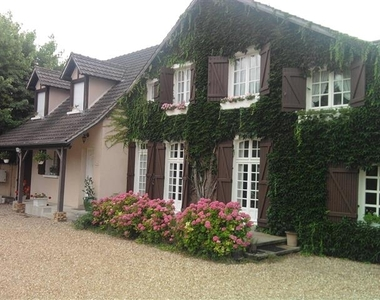 Sale House 9 rooms 230m² Rambouillet (78120) - photo