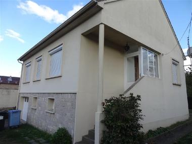 Location Maison 4 pièces 66m² Épernon (28230) - photo