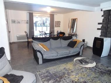 Sale House 5 rooms 125m² Épernon (28230) - photo