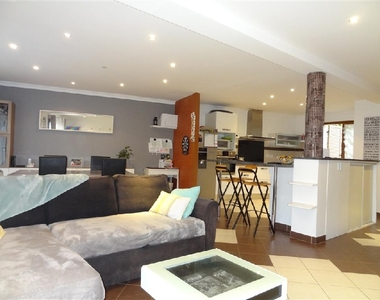 Sale House 5 rooms 136m² Rambouillet (78120) - photo