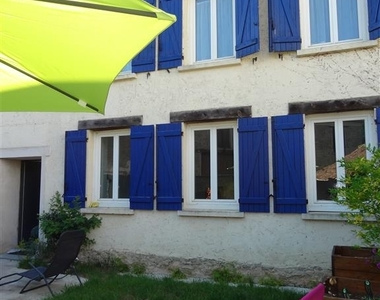 Renting House 4 rooms 124m² Rambouillet (78120) - photo