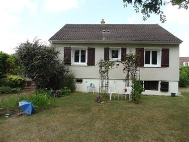 Sale House 4 rooms 95m² Maintenon (28130) - photo
