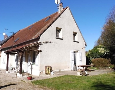 Vente Maison 5 pièces 140m² Gallardon (28320) - photo