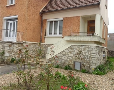 Sale House 4 rooms 103m² Rambouillet (78120) - photo