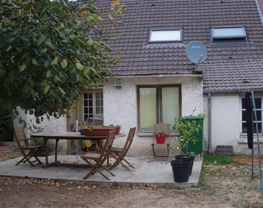 Sale House 5 rooms 101m² Rambouillet (78120) - photo