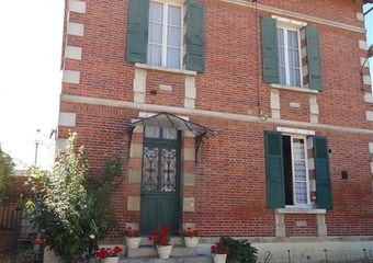 Sale House 4 rooms 110m² Épernon (28230) - photo