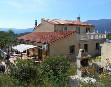 Sale House 6 rooms 216m² Céret (66400) - photo