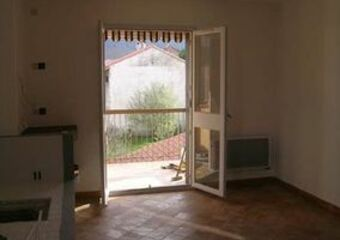 Renting Apartment 3 rooms 64m² Céret (66400) - Photo 1