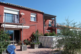 Sale House 8 rooms 230m² Saint-Génis-des-Fontaines (66740) - photo