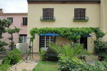 Sale House 5 rooms 133m² Le Boulou (66160) - photo