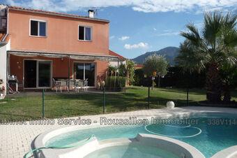 Sale House 6 rooms 178m² Saint-Génis-des-Fontaines (66740) - photo