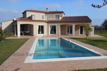 Sale House 6 rooms 185m² Laroque-des-Albères (66740) - photo