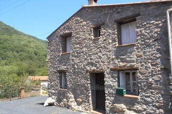 Sale House 3 rooms 42m² Maureillas-las-Illas (66480) - photo