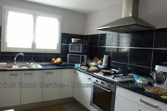 Sale House 5 rooms 115m² Le Perthus (66480) - photo