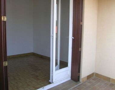 Location Appartement 1 pièce 27m² Céret (66400) - photo