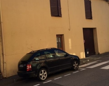 Renting House 3 rooms 75m² Brouilla (66620) - photo