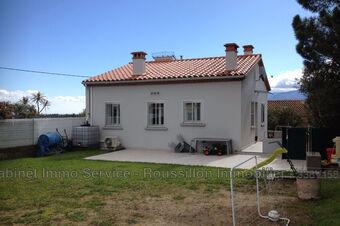 Sale House 4 rooms 70m² Tresserre (66300) - photo