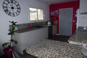 Sale House 4 rooms 90m² Céret (66400) - photo