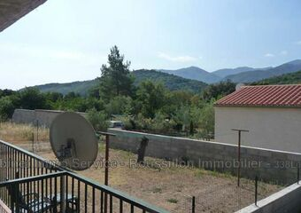 Renting Apartment 3 rooms 75m² Reynès (66400) - photo