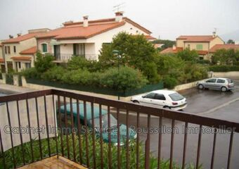 Renting Apartment 1 room 36m² Céret (66400) - photo
