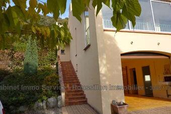 Sale House 5 rooms 165m² Arles-sur-Tech (66150) - photo
