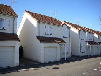 Vente Maison 4 pièces 97m² Fleury-les-Aubrais (45400) - Photo 1
