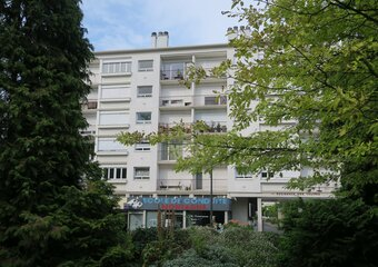 Location Appartement 2 pièces 44m² Saint-Jean-de-la-Ruelle (45140) - photo