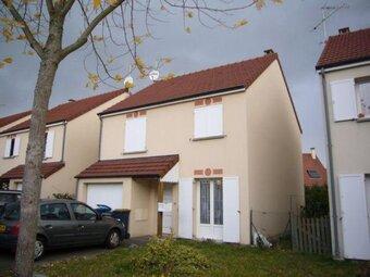 Location Maison 4 pièces 88m² Saint-Jean-de-la-Ruelle (45140) - Photo 1