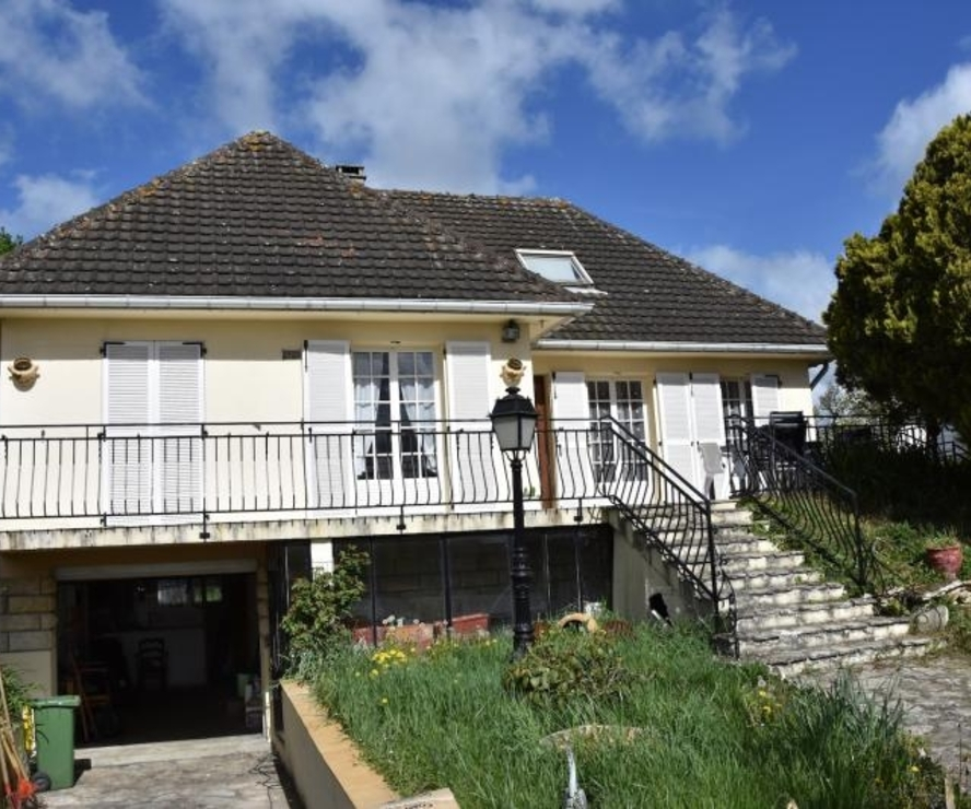 Vente Maison 8 pièces 160m² Gambais - photo