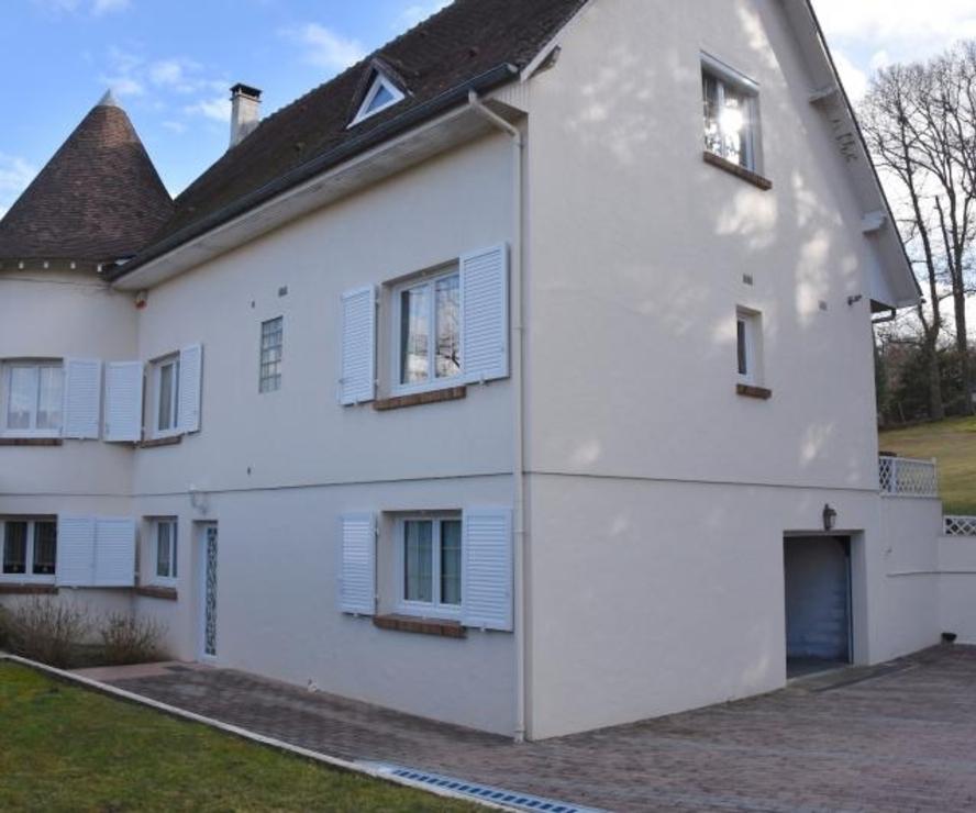 Vente Maison 9 pièces 163m² Montfort l amaury - photo