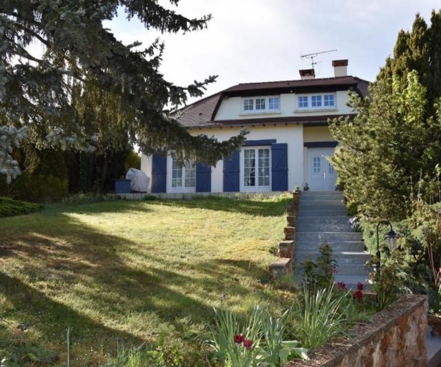 Vente Maison 8 pièces 157m² Gambais - photo