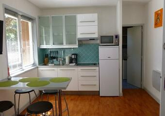 Sale Apartment 1 room 23m² Hyères (83400) - photo