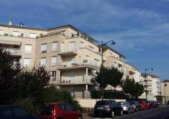 Location Appartement 1 pièce 32m² Corbeil-Essonnes (91100) - photo