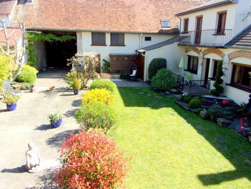 Vente maison 9 pi ces dijon 21000 261487 for Acheter maison dijon