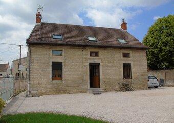 Location Maison 8 pièces 137m² Bessey-lès-Cîteaux (21110) - Photo 1