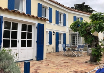 Sale House 5 rooms 133m² La garde - photo