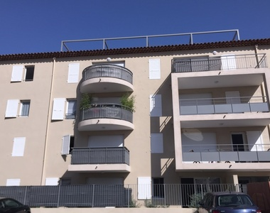 Renting Apartment 2 rooms 37m² Toulon (83200) - photo