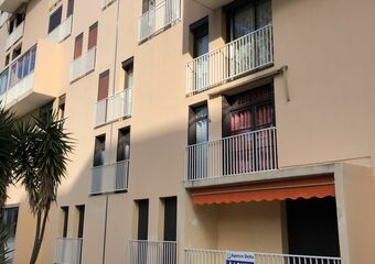 Renting Apartment 3 rooms 71m² La Seyne-sur-Mer (83500) - photo