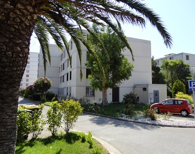Renting Apartment 2 rooms 48m² La Garde (83130) - photo