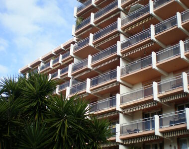 Renting Apartment 2 rooms 54m² La Garde (83130) - photo