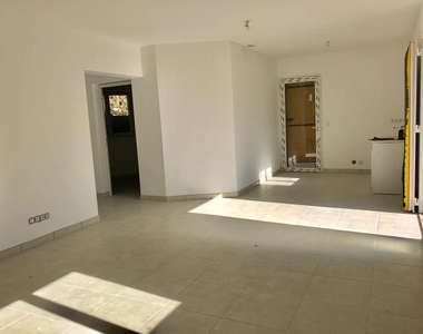 Sale House 3 rooms 61m² La Garde (83130) - photo