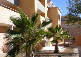 Renting Apartment 3 rooms 72m² Hyères (83400) - Photo 1