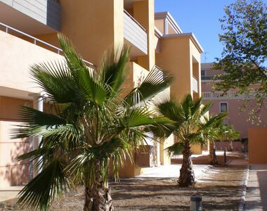 Renting Apartment 3 rooms 72m² Hyères (83400) - photo