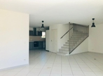 Sale House 4 rooms 105m² Hyeres - Photo 2