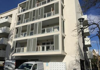 Renting Apartment 2 rooms 39m² Toulon (83000) - photo