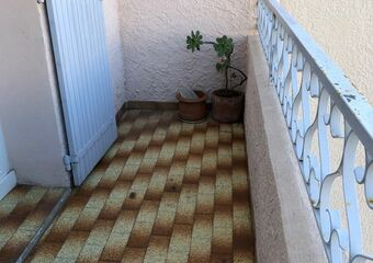 Renting Apartment 2 rooms 35m² Six-Fours-les-Plages (83140)