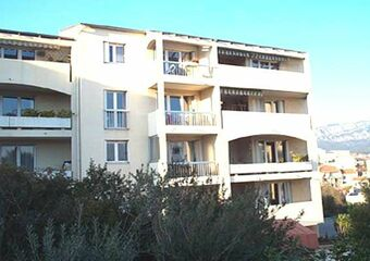 Renting Apartment 2 rooms 34m² Toulon (83100) - photo