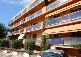 Renting Apartment 2 rooms 59m² La Garde (83130) - photo