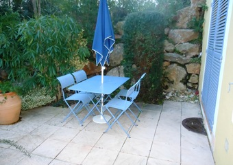 Renting Apartment 2 rooms 31m² Carqueiranne (83320) - Photo 1
